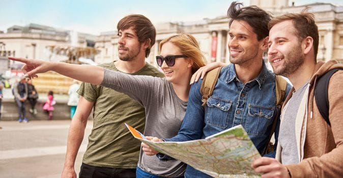 6 Tips for Meeting People While Studying Abroad
